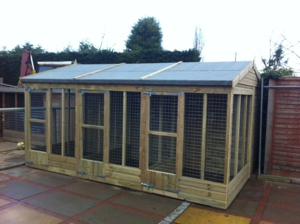 Mesh Dog Kennel Block